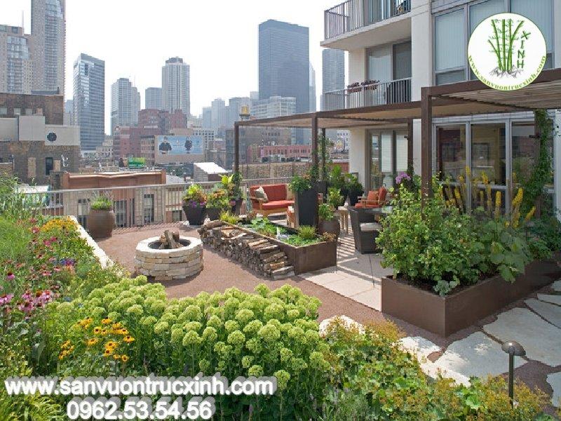 Mẫu sân vườn tầng thượng cho nhà phố