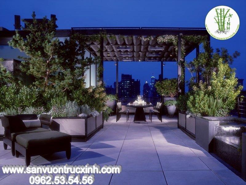 Thiết kế sân vườn hiện đại trên tầng thượng